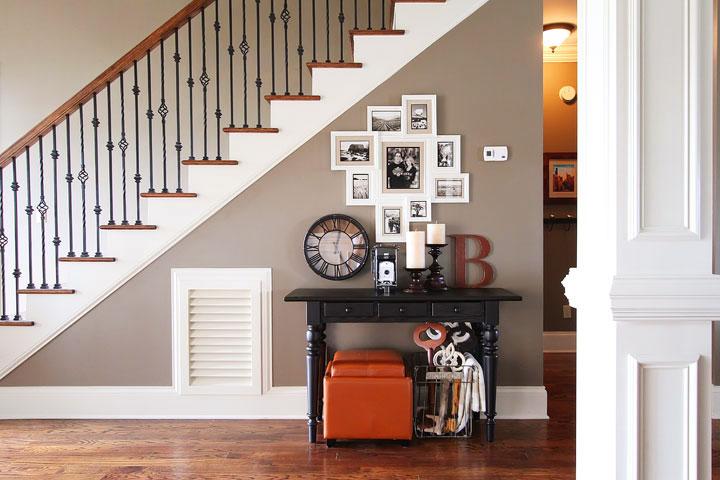 stair photo wall1