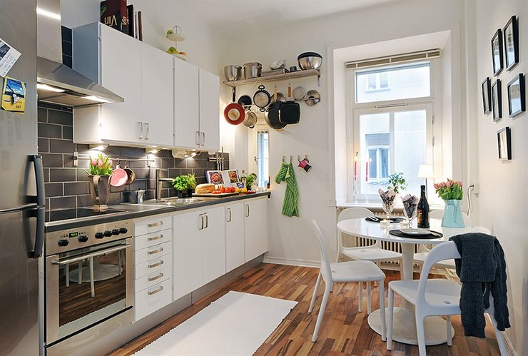Luxury Ely - Small kitchen design Ideas