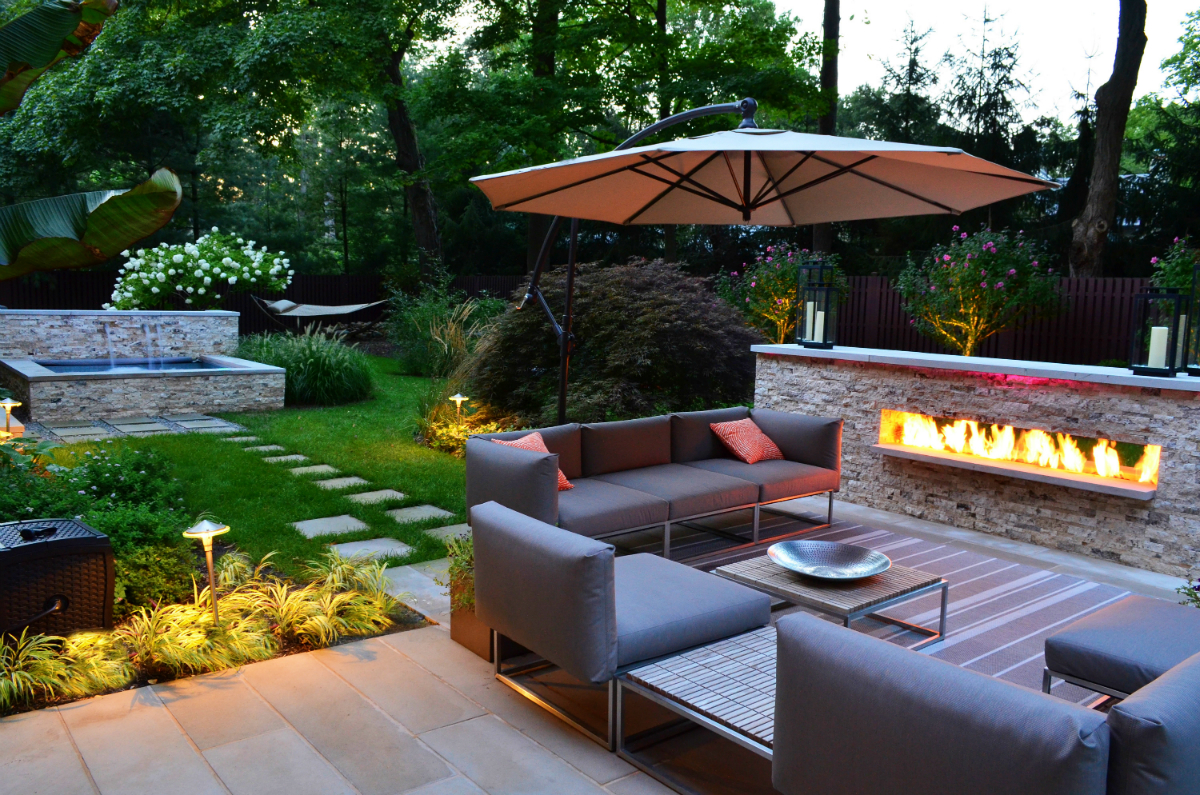 ideas for the perfect outdoor fireplace