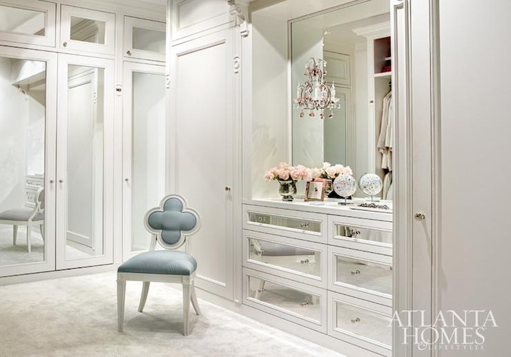 Organize your closet - back wall closet mirror
